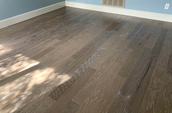 Armstrong Wood - Style: Jameson Brushed Hickory 38x5 - Color: Medium Gray